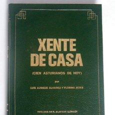 Libros de segunda mano: XENTE DE CASA - CIEN ASTURIANOS DE HOY - LUIS AURELIO ALVAREZ Y FLORINA ARIAS - ESCRITO EN ASTURIANO. Lote 278436868