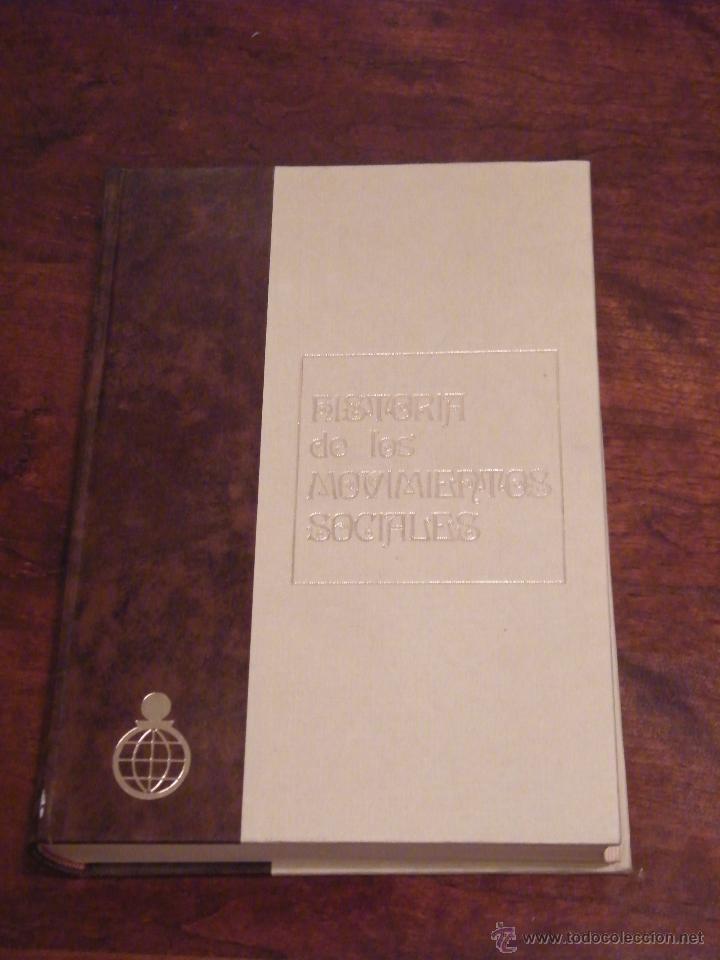 HISTORIA DE LOS MOVIMIENTOS SOCIALES - JUAN ROGER RIVIERE - CONFEDERACIÓN DE CAJAS DE AHORROS (1970) (Libros de Segunda Mano - Pensamiento - Política)