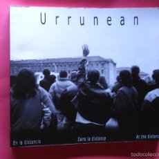 Libros de segunda mano: URRUNEAN.GARA-SENIDEAK 2001.EUSKERA-CASTELLANO-INGLÉS-FRANCÉS.FAMILIARES DE PRESOS DE ETA. Lote 58535386