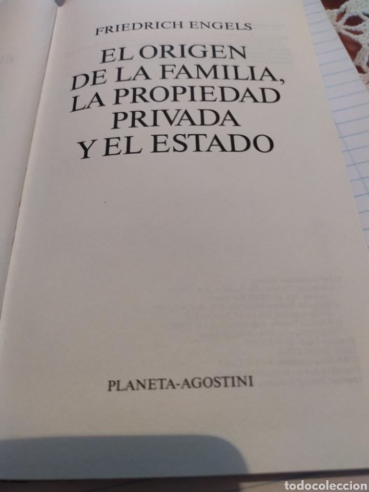 Libros de segunda mano: El origen de la familia,de la propiedad privada y del Estado - Foto 2 - 194509776