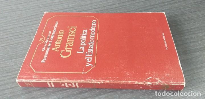 Libros de segunda mano: *** LIBRO . ** LA POLITICA Y EL ESTADO MODERNO ** ANTONIO GRAMSCI. 1985 . Pensamiento Político *** - Foto 2 - 262126025