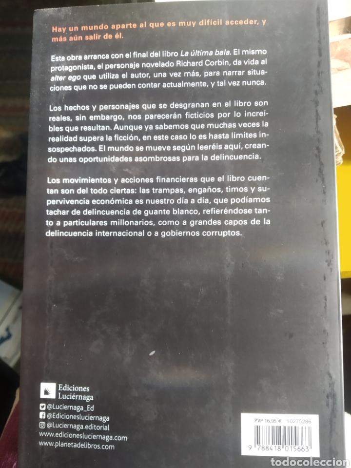 Libros de segunda mano: Muerte en Medellin Una historia real de mentiras financieras, acción, magia y caos Juanjo Revenga - Foto 2 - 264355059