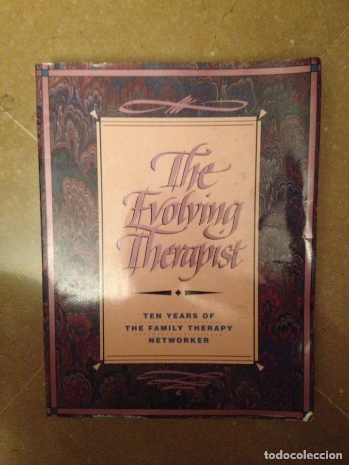 THE EVOLVING THERAPIST (SIMON / BARRILLEAUX / WYLIE / MARKOWITZ) (Libros de Segunda Mano - Pensamiento - Psicología)