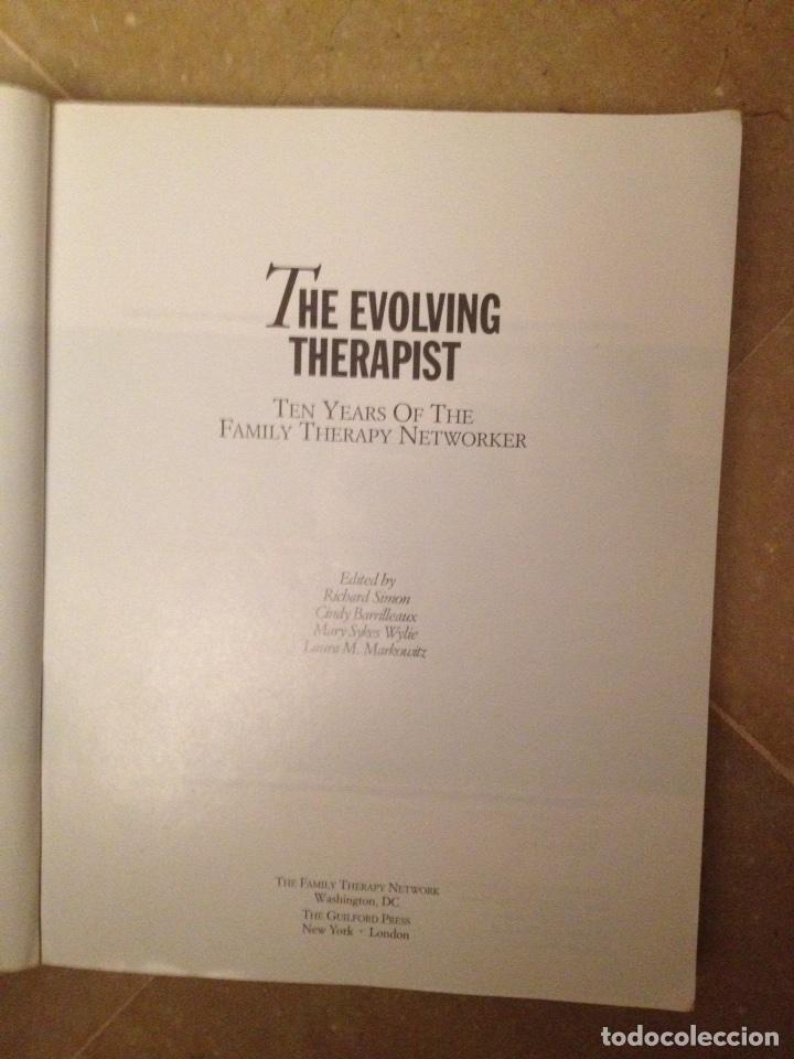 Libros de segunda mano: The evolving therapist (Simon / Barrilleaux / Wylie / Markowitz) - Foto 3 - 114487135