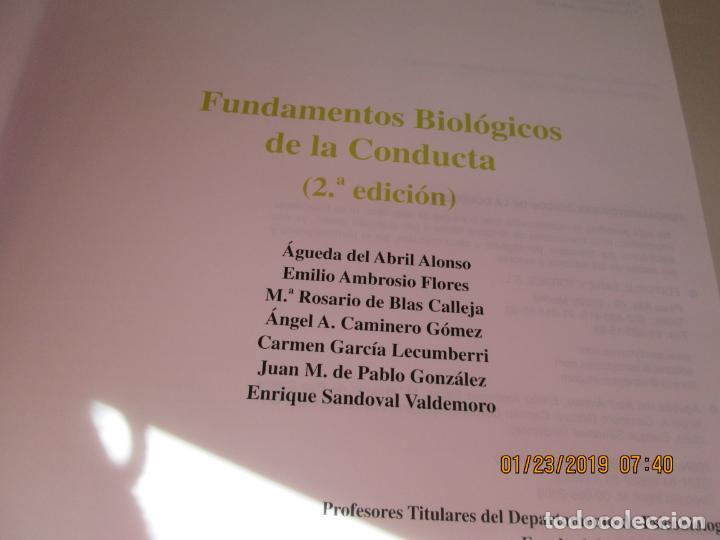 Libros de segunda mano: FUNDAMENTOS BIOLÓGICOS DE LA CONDUCTA . 2 VOLÚMENES - EDITORIAL SANZ Y TORRES 2003. - Foto 5 - 148221558