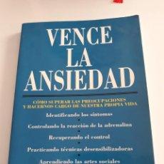 Libros de segunda mano: VENCE LA ANSIEDAD - KENNETH HAMBLY. Lote 193114140
