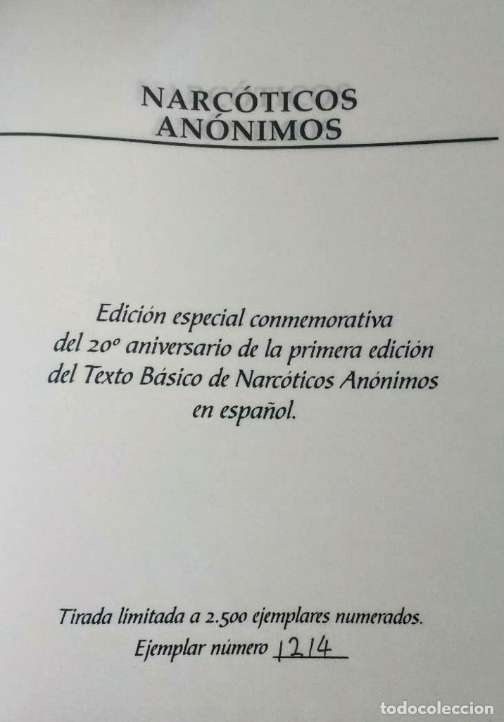 Libros de segunda mano: NARCÓTICOS ANÓNIMOS - EDICIÓN DE LUJO Y NUMERADA. - Foto 2 - 194872266