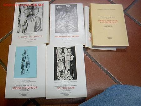 SAGRADA BIBLIA TRADUCIDA AL GALLEGO - EN 5 TOMOS, EDI BIBLIOFILOS GALLEGOS 1985 + INFO (Libros de Segunda Mano - Religión)