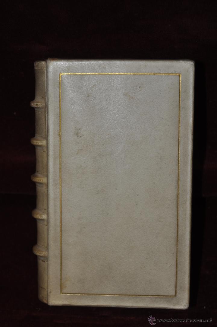 Libros de segunda mano: LUJOSO DEVOCIONARIO DEL AÑO 1950. ED. REGINA. TAPAS PERGAMINO - Foto 2 - 44464973