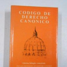 Libros de segunda mano: CODIGO DE DERECHO CANONICO. EDICION BILINGÜE. VVAA. BIBLIOTECA AUTORES CRISTIANOS. TDK230. Lote 137378677