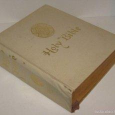 Libros de segunda mano: THE HOLY BIBLE. Lote 56669271