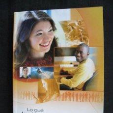 Libros de segunda mano: LO QUE LOS JOVENES PREGUNTAN - RESPUESTAS PRACTICAS VOL.1 - TESTIGOS DE JEHOVA.. Lote 246505605