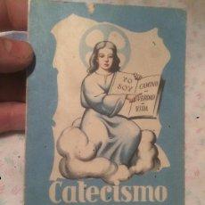 Libros de segunda mano: ANTIGUO LIBRO RELIGIOSO CATECISMO PRIMER GRADO EDICION OFICIAL ILUSTRADA AÑO 1958 . Lote 73607251