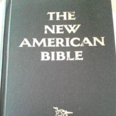 Libros de segunda mano: THE NEW AMERICAN BIBLE. Lote 80083045