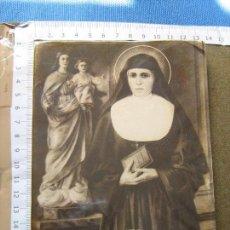 Libros de segunda mano: SANTA MARIA D. MAZZARELLO - 63 PAGINAS - MUY ILUSTRADO. Lote 81019716