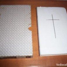 Libros de segunda mano: BIBLIA DE BOLSILLO EN INGLES. COMMON PRAYER. EDICION COLLINS (GLASGOW). . Lote 93396615