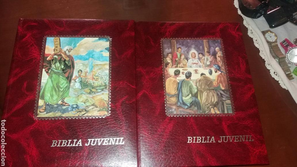 BIBLIA JUVENIL DOS TOMOS ENCUADERNADOS EN PIEL (Libros de Segunda Mano - Religión)