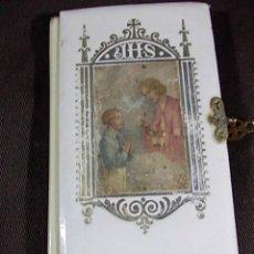 Libros de segunda mano: ANTIGUO DEVOCIONARIO EL ANGEL DE LA INFANCIA CON IMAGEN EN LA PORTADA. Lote 104275435