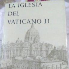 Libros de segunda mano: LA IGLESIA DEL VATICANO II. DIR: G. BARAUNA. (SÓLO TOMO II). 1966.. Lote 105315043