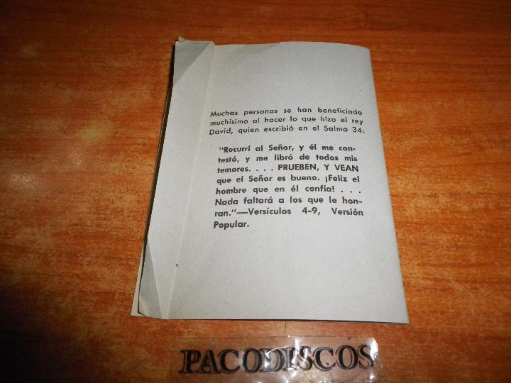 Libros de segunda mano: MIENTRAS USTED ESTABA FUERA LE VISITE TESTIGOS DE JEHOVA TRATADO PARA PREDICAR 1981 WATCHTOWER - Foto 3 - 120676144