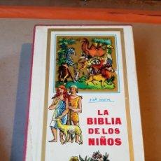Libros de segunda mano: LA BIBLIA DE LOS NIÑOS 1962 PLAZA & JANES PIET WORM. Lote 171724005