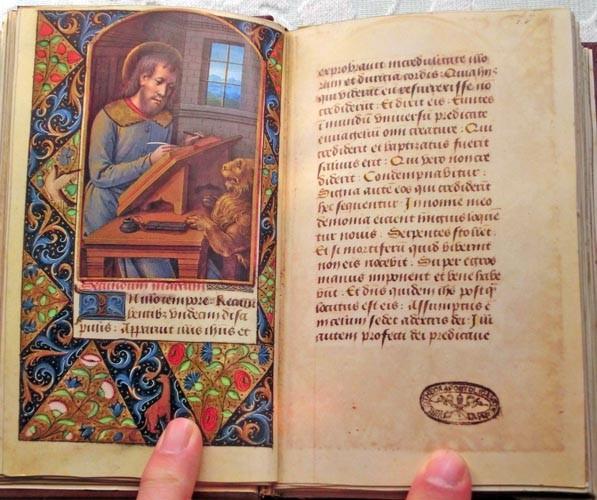 Libros de segunda mano: Facsímil íntegro del Oficio de la Virgen (s. XVI), edición de lujo con libro de estudios en español - Foto 10 - 111675671