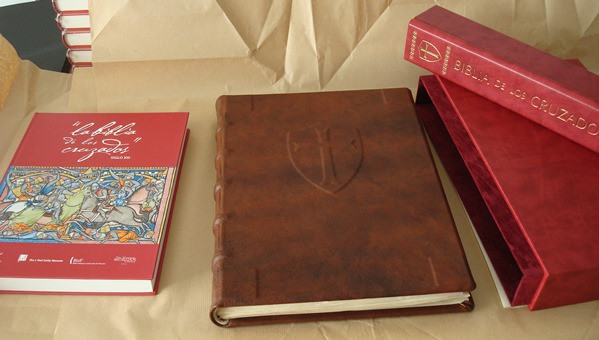 Libros de segunda mano: La Biblia de los Cruzados, s. XIII, en pergamino natural (5*+). Facsímil. Scriptorium - Foto 5 - 111949443