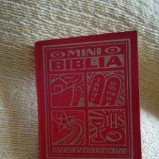 Libros de segunda mano: MINI BIBLIA MINIATURA LIBRO. Lote 114004991