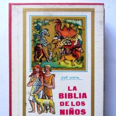 Libros de segunda mano: LA BIBLIA DE LOS NIÑOS. ILUSTRADA POR PIET WORM. EDITADO POR PLAZA & JANES, 1962.. Lote 126372795