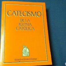 Libros de segunda mano: CATECISMO D LA IGLESIA CATÓLICA .ASOÇIACIÓN DE EDITORES DEL CATECISMO.. Lote 130836921