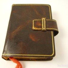 Libros de segunda mano: IMITACION DE CRISTO POR TOMAS KEMPIS. ED. VALLES, MINIATURA 717 PAG.BORDES DORADOS. Lote 140155746