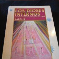 Libros de segunda mano: LOS DIOSES INTERNOS. EL PROGRAMA PROFUNDO DE LOS 72 GENIOS DE LA CÁBALA. KABALEB. Lote 159181501