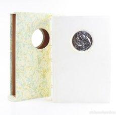 Libros de segunda mano: TOTUS TUUS, EL MAGISTERIO MARIANO, 2005, FMR ARTE, BIBLIOTECA JUAN PABLO II, BOLONIA. 44,5X30CM. Lote 155778686
