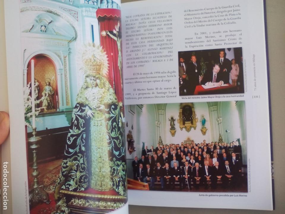 Libros de segunda mano: EXPIRACIÓN, 75 AÑOS DE PRESENCIA EN MÁLAGA. VOLUMEN I. 2015. SEMANA SANTA. - Foto 3 - 155865018