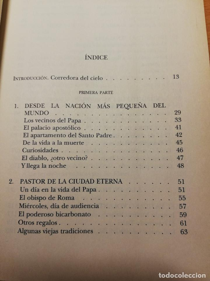 Libros de segunda mano: JUAN PABLO, AMIGO. LA VIDA COTIDIANA EN EL VATICANO (PALOMA GÓMEZ BORRERO) - Foto 4 - 162022542