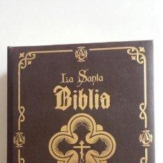 Libros de segunda mano: SANTA BIBLIA ILUSTRADA BENDECIDA POR EL PAPA FRANCISCO - EDICIONES ABANTERA. Lote 164863522