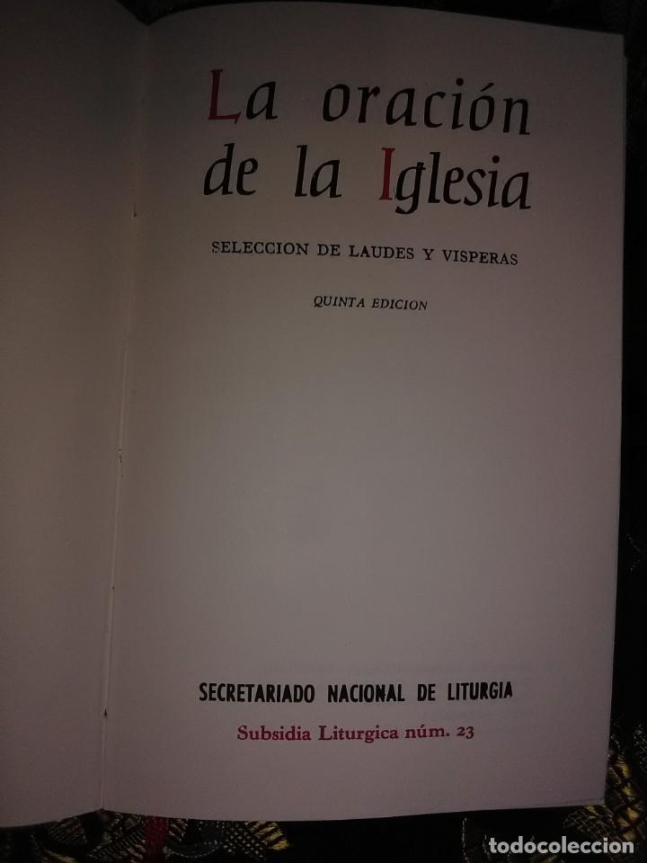 Libros de segunda mano: La oración de la Iglesia. Selección de Laudes y Vísperas. 1977. 5 Ed. - Foto 2 - 165349234