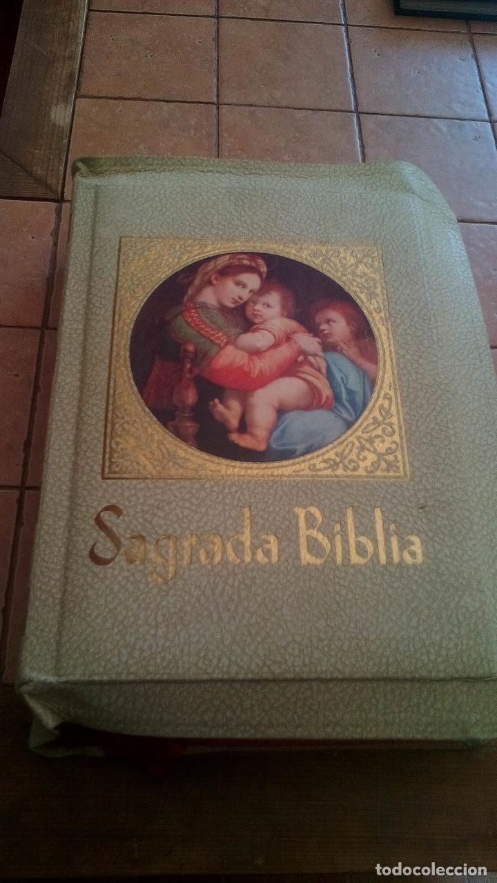 SAGRADA BIBLIA, EDICION FAMILIAR CATOLICA, EDICION DE LUJO (Libros de Segunda Mano - Religión)