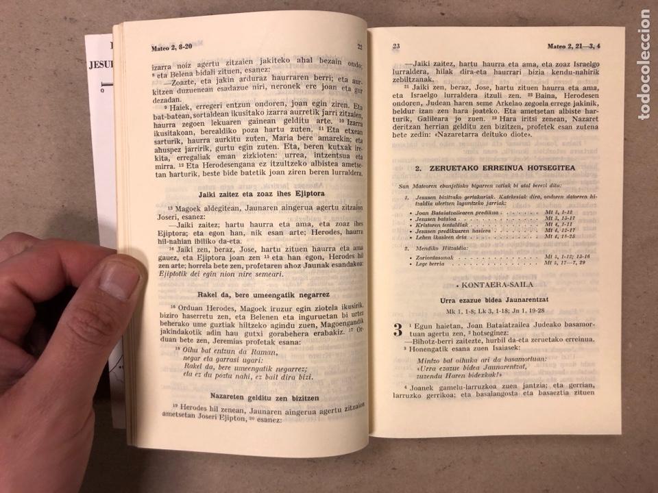 Libros de segunda mano: ITUN BERRIA (NUEVO TESTAMENTO EN EUSKERA). EDITORIAL DIOCESANA 1980. 735 PÁGINAS. - Foto 5 - 168970557