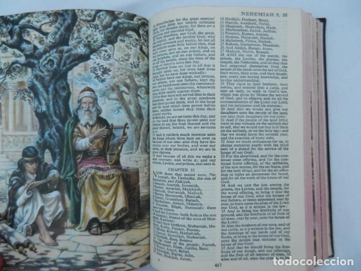 Libros de segunda mano: HOLY BIBLE - CAMBRIDGE AT THE UNIVERSITY PRESS - ILUSTRADA. - Foto 2 - 171705592