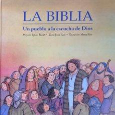Libros de segunda mano: JOAN BARÓ. LA BIBLIA. UN PUEBLO A LA ESCUCHA DE DIOS. BARCELONA, 1995.. Lote 173997134