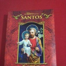 Libros de segunda mano: EL LIBRO DE LOS SANTOS . Lote 174419697