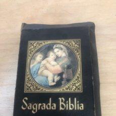 Libros de segunda mano: SAGRADA BIBLIA. Lote 177989612