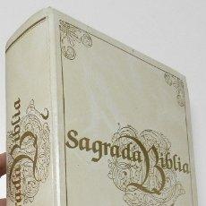 Libros de segunda mano: SAGRADA BIBLIA. Lote 178945926