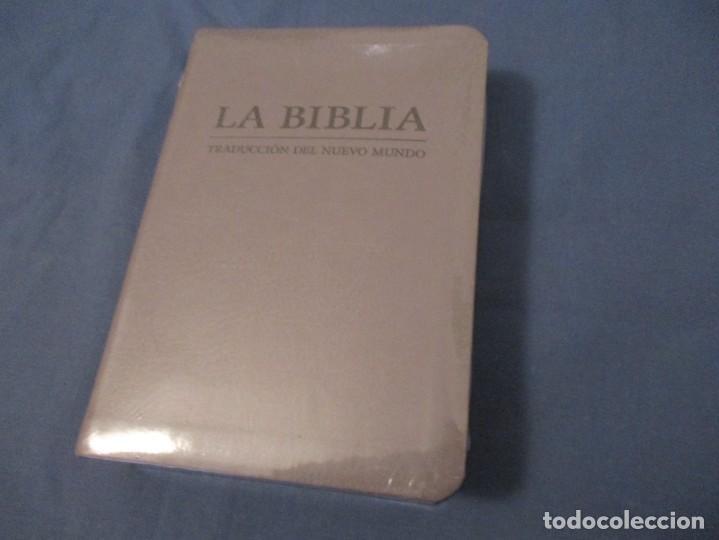 LA BIBLIA. TRADUCCIÓN DEL NUEVO MUNDO. VERSION 2019. SIN ESTRENAR. (Libros de Segunda Mano - Religión)