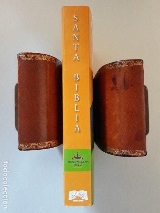 Libros de segunda mano: LA SANTA BIBLIA: REINA-VALERA 1960. SOCIEDADES BÍBLICAS UNIDAS - Foto 5 - 195052048