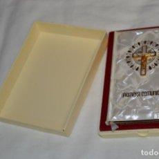 Libros de segunda mano: ANTIGUO Y BONITO MISAL DE PRIMERA COMUNIÓN / AÑOS 80 - EDITORIAL REGINA - MUY BUEN ESTADO ¡MIRA!. Lote 209129447