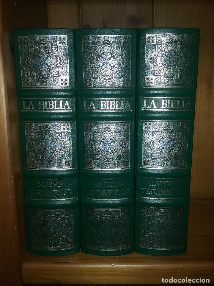Libros de segunda mano: LA BIBLIA DE JERUSALEN, EL ANTIGUO Y EL NUEVO TESTAMENTO, GUSTAVO DORE, CLUB INTERNACIONAL DEL LIBRO - Foto 2 - 213768713