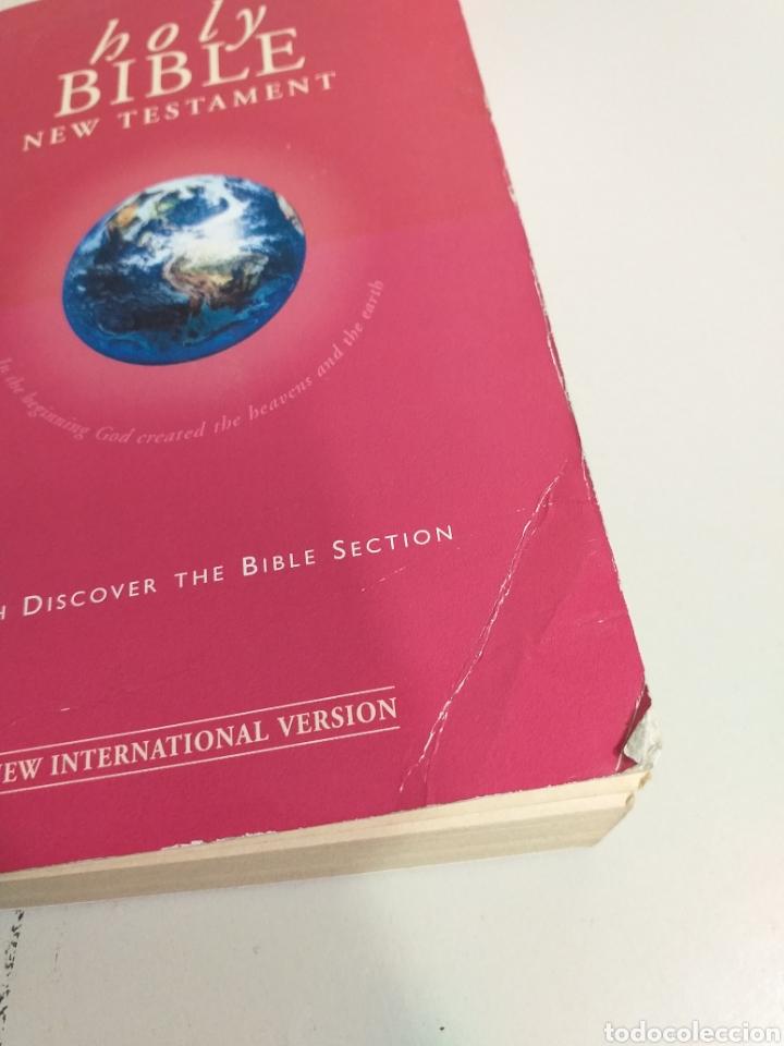 Libros de segunda mano: Lote de biblias. biblia. holy bible. new testament. la santa biblia. nuevo testamento español e ingl - Foto 3 - 213819571