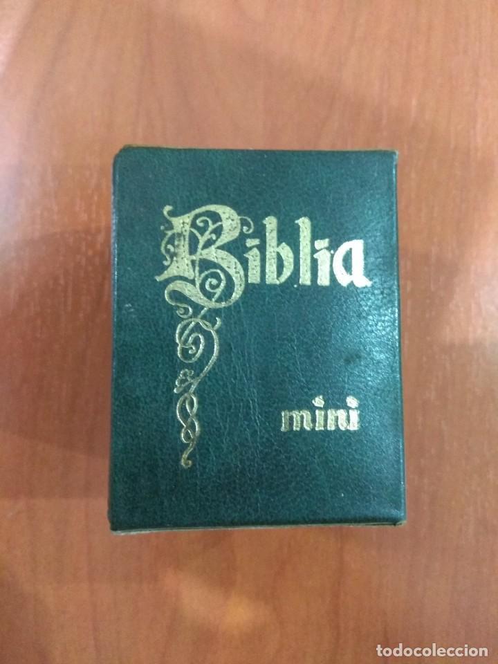 MINI BIBLIA. (Libros de Segunda Mano - Religión)